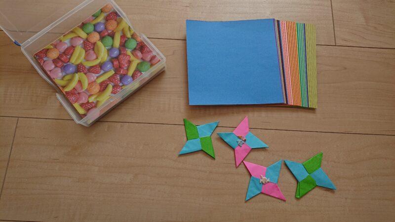 おうち遊び折り紙で遊ぶ